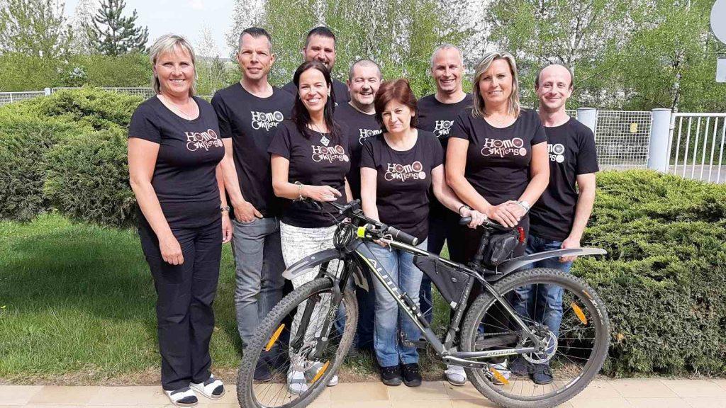 Hned devět se nás zapojilo do soutěže Do práce na kole!